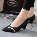 รองเท้าคัทชู ส้นเตี้ย สีดำ แบบเรียบหรู หน้าคัท v คาดอะไหล่ทอง งานสวย ดูแพง ขับผิว สูง 2 นิ้ว แม่ทสวยได้ทุกชุด (NF85-39E)