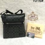 กระเป๋า Coach 10 นิ้ว สะพายข้าง ทรงเอกสารสวยเท่ห์ ปากกระเป๋าซิป มีช่องซิปหน้าหลัง ด้านในบุอย่างดี สายยาวปรับได้ การ์ดและถุงผ้า