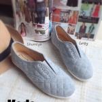 รองเท้าผ้าใบ style KEDS ทรงคลาสสิคใส่สบาย ด้านหน้าแบบเปิด มียางยืด กระชับเท้า พื้นยางพารากันลื่นอย่างดี งานน่ารักมาก สีขาว เทา