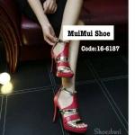 รองเท้าส้นสูง ดีไซน์หรูปราดเปรียว สวมคาดหน้าเท้าแต่งหนังเงาเมทาลิค สวยเก็บหน้าเท้า หนังนิ่ม มีซิปหลัง ใส่แล้วกระชับ ส้นสูง 4 นิ้วกว่า ใส่ดูขา เรียว ไปงานเลี้ยง ปาร์ตี้ โดดเด่นทุกชุด
