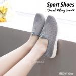 รองเท้าผ้าใบแฟชั่น ทรง Sport ดีไซน์แบบโมเดริ์น วัสดุผ้าตาข่าย สีสันสดใส ระบายอากาศรอบด้าน พื้นรองเท้ายึดเกาะแน่น แมทช์กับยีนส์ขาสั้นหรือขายาว ก็สวยมากๆ สูงหน้า 1.5 ซม. , ส้นสูง 3 ซม.