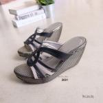 """รองเท้าแฟชั่น ส้นเตารีด หน้าอีฟแซงสวยเก๋ หน้าสาน เก็บทรงสวย สีทูโทน สูง 3"""" เสริมหน้า ใส่สบาย สูง 3"""" สีดำ ครีม น้ำเงิน"""