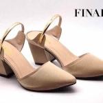 รองเท้าคัทชู เปิดส้น ZARA style ทรงสวมหัวแหลม ผ้าซาตินเนื้อดี เพิ่มเก๋ด้วย สายคาดเส้นอะไหล่ทอง ดูสวยเก๋ ใส่ง่าย ทรงเก็บเท้า ส้นหนา สูง 2 นิ้ว ใส่สบายๆ พื้นนิ่ม สวยเกินราคา