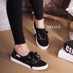 รองเท้าผ้าใบ Korea Canvas สุดน่ารัก Classic ทรงผูกเชือกยอดนิยม สวมใส่ง่าย คล่องตัว สวมใส่สบาย พื้นนิ่มอย่างดี