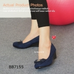 รองเท้าคัทชู ส้นเตารีด เรียบหรูดูดี Velvet Soft Court-Shoes วัสดุเป็นหนัง กำมะหยี่ชนิดอ่อนนุ่ม (Velvet) สีสวยสดและขับผิวให้เด่น เย็บหนังรองด้าน ในอีกชั้น ด้านหน้าเย็บเดินเส้นแต่งลวดลายเก๋ แต่งอะไหล่สไตล์ Korea ส้น แบบเตารีดหนา 2 นิ้ว จาก PU อย่างดี วัสดุท