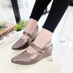 """รองเท้าคัทชู ส้นเตารีดหน้าเรียว ทรงสวยเพรียว เรียบหรู รัดส้น แปะเมจิกเทป ด้านข้าง รัดส้นยางยืด ใส่ง่าย น้ำหนักเบา สูง 3"""" สีดำ ทอง เทา"""