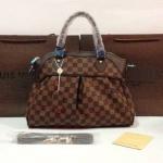 กระเป๋า Louis Vuitton Trevi 14 นิ้ว สวยพรีเมียม จีบหน้า ด้านในบุผ้าอย่างดี สายสะพายยาวถอดได้ การ์ดและถุงผ้า