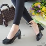 รองเท้าคัทชูสีดำ ส้นตัน หน้าเรียว สวยสุดภาพ วัสดุพียูเงาเกรดดี นุ่ม น้ำหนักเบา แมทง่าย ใส่ออกงานได้ เรียบหรู สูง 2.5 นิ้ว