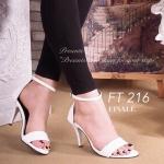 รองเท้าส้นสูง ZARA Style แบบ Hott!! สวยเรียบหรู วัสดุหนังอย่างดี นิ่มไม่บาดเท้า ดีเทลรัดข้อเท้าแบบใส่ง่ายเป็นสายเกี่ยว ปรับกระชับเท้าได้ ส้นสูงกำลังดี ใส่สบาย หน้าไม่บีบเท้าค่ะ ทรงใส่สวย ดูเท้าเรียว สูง 3 นิ้ว
