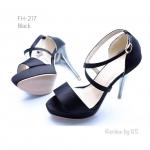รองเท้าส้นสูง สไตล์เกาหลี หนังบุผ้าซาติน ส้นเข็มสีทองสุดหรู สูง 5 นิ้ว เสริมหน้า 1.5 นิ้ว ดีไซน์เก๋คาดหน้าไขว้ ปิดหลัง ใส่สวยโดดเด่นเกินใคร