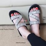 รองเท้าแตะแฟชั่น Crystal Slove Fitness Soft งานคุณภาพเพื่อสุขภาพเท้า พื้นยางที่อ่อนนุุ่มยืดหยุ่น (บอกเลยว่าอ่อนนุ่มกว่างานช็อป) มาพร้อมกับความ หรูอลังการด้วยเพชรแบบตัดเฉียงบนหน้าเท้า งานตัดเย็บติดกาวปราณีต สวย คุ้มค่า