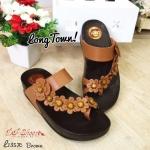 รองเท้าสุขภาพ ดีไซน์สวยน่ารัก style fitflop แบบสวมนิ้วโป้ง สายคาดหน้า ประดับดอกไม้ งานขายดี พื้นนุ่ม ใส่เดินสบายมาก ความสูง : 1.5 นิ้ว