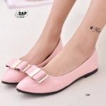 รองเท้าคัทชู New Women's Comfort Flat Shoe ส้นแบน ดีไซน์สวยเรียบหรู หนังแก้ว PU อย่างดีเงางาม แต่งโบว์ด้านบนน่ารักๆ สวมใส่สบาย แมทได้ทุกชุด สีชมพู ดำ ขาว