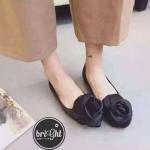 รองเท้าคัชชูส้นเตี้ย สวยหวาน หัวแหลมแต่งอะไหล่ดอกกุหลาบซาติน ใส่สบายมาก สวยสะดุดตา ไม่ซ้ำไคร ต้องรุ่นนี้เลย