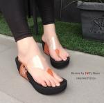 รองเท้าแฟชั่น หูหนีบ ส้นเตารีด ที่แล้วแล้ว Like สุดๆ ส้นโฟมเกรด A ด้านหน้า พลาสติกใสนิ่มอย่างดี ทรงสวย ดีไซน์เก๋ สวมใส่ง่ายใส่เบาสบาย ชิว ๆ ใส่ได้ ตลอด สูง 3 นิ้ว เสริมหน้า 1 นิ้ว