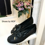 รองเท้าคัทชู ทรงหัวมน แต่งโบว์สวยน่ารัก หนัง PU นิ่ม เดินเส้นตารางสวยเก๋ พื้นนิ่มใส่สบาย กระชับเท้า ใส่ทำงาน ใส่เที่ยวได้ ได้ทุกชุด สีเทา ดำ