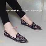 รองเท้าคัทชู ส้นเตี้ย Flora Vintage สวยหวานน่ารัก ผ้าลายมวลหมู่ดอกไม้ ปักฉลุลายรอบตัว งานทรงหัวแหลม ให้ดูเท้าเรียวยาว น้ำหนักเบาใส่สบายๆ โปร่งๆ ให้สาวๆ แมทกับเสื้อผ้าทุกชุดสวยได้ทุกโอกาส สีดำ เขียว ชมพู (906)