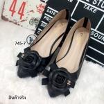 รองเท้าคัทชู ส้นแบน Style Chanel หนังพียูคุณภาพดี แต่งดอกคามิเลียซ้อนโบว์ ประดับอะไหล่ CC พื้นตี Chanel แมทซ์เสื้อผ้าง่าย แบบสวยมีสไตล์