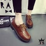 """รองเท้าคัทชูหนัง platform งานนำเข้าเอาใจสาวเท่ห์ วัสดุหนังผูกเชือก ทรงสวย ใส่สบายเท้า หัวเท้ามนกำลังดี ปักตะเข็บเชือกเพิ่มความเก๋ด้านหน้าเท้า คือสวย คืองานดี แมทง่ายใส่กับชุดไหนก็เกิด หน้า 1"""" ส้น 1.7"""""""