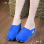 รองเท้าแฟชั่น Velvet Wedges Style แบบสวม ปิดด้านหน้า บุผ้ากำมะหยี่ ใส่นุ่ม ส้นเตารีด 2 นิ้ว เสริมหน้าเสมอเดินสบาย สไตล์รองเท้าเพื่อสุขภาพ พื้น Pu นุ่มน้ำหนักเบา ดีไซน์เก๋น่ารัก แมทได้ทุกชุด