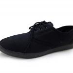 รองเท้าผ้าใบแฟชั่น ใส่สบาย สไตล์แบรนด์ ยอดฮิต วัสดุผ้าใบสีดำ พื้นยาง ใส่เก๋ได้ทุกโอกาส