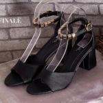 รองเท้าแฟชั่น ส้นสูง รัดข้อ แบบสวยสวยหรู หนัง PU อย่างดี สายรัดข้อแต่ง อะไหล่ทองสวยเก๋ แบบตะขอเกี่ยวใส่ง่าย ส้นตัน สูงประมาณ 2.5 นิ้ว ใสสบาย แมทได้ทุกชุด