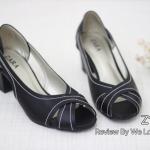รองเท้าคัทชู ส้นเตี้ย เปิดนิ้ว สวยเก๋ หนังนิ่ม สไตล์ ZARA แต่งหน้าไขว้ เดินเส้นด้ายรอบเก๋ๆ พื้นนิ่ม สูง 2 นิ้ว ใส่สวย แมทได้ทุกชุด สีดำ ครีม (Z17-22)
