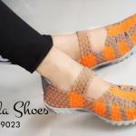 รองเท้าเพื่อสุขภาพ ยางสาน ยืดหยุ่นกระชับเท้า พื้นสปอร์ทแบบสลิมใส่สบาย สวยเท่ห์ แมทได้ทุกชุด ใส่ได้ทุกวัน สีส้ม ฟ้า แดง