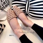 รองเท้าคัทชูส้นแบน สวยเก๋หวาน วัสดุหนังพียูนิ่มคุณภาพดี ฉลุลายดาว ทรงสวย ส้นหนา 1 ซม. ใส่แมทซ์เสื้อผ้าง่าย ลงตัว