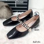 รองเท้าคัทชู ส้นแบน Style Miu Miu งานชนช็อป คัทชูหนังเงานิ่มมาก ๆ คุณภาพดี แต่งอะไหล่เพชร แบบคาดเท้างานเย็บอย่างดีสายรัดข้อตรงจุด กระดุมด้านข้างเป็นยางยืดกระชับเท้า สวมใส่ง่าย ส้นหนา 0.5 นิ้ว สินค้า งานคุณภาพพรีเมี่ยม!! ใส่สวยสไตล์ไฮโซ