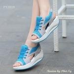 รองเท้าผ้าใบแฟชั่น แบบสวม ดีไซน์เปิดหน้าเท้า เปิดข้างสวยเก๋ ตัดเย็บด้วย ผ้าตะข่ายและหนัง PU อย่างดี สีสันสดใส พื้นยางชนิดน้ำหนักเบาเป็นพิเศษ เสริมลุคด้วยส้นรองเท้าแบบรัดส้นด้านหลัง ใส่สบายมากๆ เดินนานๆได้ไม่เมื่อย สูงหน้า 2.7 ซม. ส้นสูง 4 ซม.