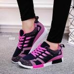 รองเท้าผ้าใบสไตล์แบรนด์ สีสวยสดใส ลายเท่ห์ไม่เหมือนใคร น้ำหนักเบาใส่สบาย จะออกกำลังกายหรือใส่เท่ห์ๆ จัดได้เลย สีดำ ชมพู เขียว