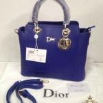 กระเป๋า Dior 10 นิ้ว ดีไซน์ใหม่สวยหรู พร้อมพวงกุญแจ dior ปากกระเป๋าซิป ด้านในบุอย่างดี สายยาวถอดได้ การ์ดและถุงผ้า