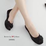 รองเท้าคัชชู ส้นแบน ที่เห็นแล้ว Like เลย ผ้าซาตินใส่แล้วทำให้เท้าดูสว่าง รุ่นสม๊อค ใส่แล้วกระชับเท้าสุดๆ ประดับอะไหล่โบว์เกร๋ๆ มาพร้อมส้นแนวใหม่ ลายเสือยางอย่างดี ใส่สบาย ทรงสวย ใส่ได้ตลอด แนะนำเลยค่า