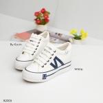 รองเท้าผ้าใบแฟชั่น สไตล์แบรนด์ แต่ง N ด้านข้าง สวยเก๋ เสริมพื้น 2.5 นิ้ว ใส่สบาย