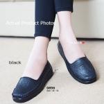 รองเท้าคัทชู สีดำ เพื่อสุขภาพ Soft Court-Shoes ทรงใส่สบาย หนังนิ่มฉลุลาย งานดี โดดเด่นที่ตัวพื้นยางด้านล่างออกแบบเป็นรอยหยักเพื่อรองรับน้ำหนัก นุ่ม แบบสุภาพ ใส่ได้ทุกโอกาส