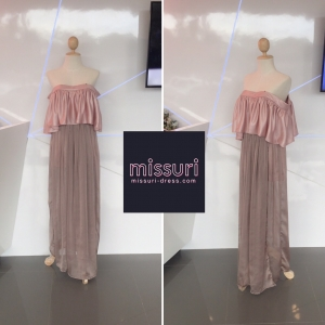 ชุดราตรียาว ชุดออกงาน maxi dress ผ้าเครปซาติน ปาดไหล่ ระบาย กระโปรงด้านล่างเป็นซีทรู แบบสวย หวาน