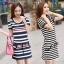 [พรีออเดอร์] ชุดเดรสผู้หญิงแฟชั่นเกาหลีใหม่ แขนสั้น แบบเก๋ เท่ห์ - [Preorder] New Korean Fashion Slim Short-Sleeved Dress thumbnail 1