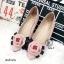 รองเท้าคัทชู ส้นแบน Style Chanel หนังพียูคุณภาพดี แต่งดอกคามิเลียซ้อนโบว์ ประดับอะไหล่ CC พื้นตี Chanel แมทซ์เสื้อผ้าง่าย แบบสวยมีสไตล์ thumbnail 1