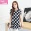 [พร้อมส่ง] เสื้้อแฟชั่นเกาหลีใหม่ สีขาว ดำ แขนสั้น สำหรับผู้หญิงไซส์ใหญ่ ไซส์ XL- [In Stock] New Korean Fashion Shirt Short-Sleeved for Large Size Woman thumbnail 1