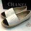 รองเท้าผ้าใบแฟชั่น Chanel สุดชิค แต่งโลโก้ CC พื้นตัดขอบเชือกถัก หนังนิ่ม พื้นบุนุ่ม สวมใส่สบาย thumbnail 1
