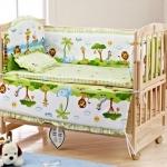 B10107 เตียงนอนไม้สามารถปรับเป็นโต๊ะเฟอร์นิเจอร์ได้ ลายเบาะ Jungle