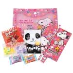 พร้อมส่ง ** Snoopy Set เซ็ตเครื่องเขียนลายสนูปี้ แถมขนมญี่ปุ่นในซอง (มี 4 ลายให้เลือก เลือกลายได้ที่ด้านใน)