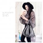 กระเป๋าหนัง รุ่น Loewe Hammock (Gray) Size 32