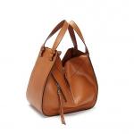 กระเป๋าหนัง รุ่น Loewe Hammock (Tan)