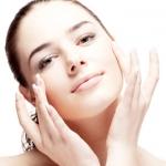4 วิธีบำรุงผิว ด้วย ครีมหน้าขาว ให้แลดูขาว น่าสัมผัส