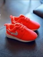 รองเท้าแฟชั่นเด็กสีส้มเรืองแสง วัสดุหนังผสมตาข่าย ระบายอากาศได้ดี สีสันสุดแซ่บ