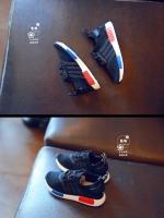รองเท้าแฟชั่นเด็กทรงกีฬาสีดำ งานก็อปแบรนด์อย่างดี ใส่สบายไม่กัดเท้า