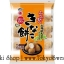 พร้อมส่ง ** Kinako Mochi Ball คินาโกะบอล เค็มๆ มันๆ หวานนิดๆ กรอบๆ เนื้อเบาๆ โมจิญี่ปุ่นเนื้อเหนียวนุ่มตีเข้ากันจนละเอียด นำมาผสมกับถั่วคินาโกะโมจิชั้นดีจากฮอกไกโด แล้วนำไปอบจนกรอบ 1 ห่อมี 6 ถุง (85 กรัม) thumbnail 1