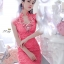 Jingjing ชุดราตรี ลูกไม้ สีชมพูบานเย็น ประดับเพชร ชุดเข้ารูป thumbnail 3